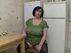 Sexy Mature Videos