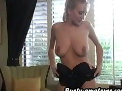 Busty amateur Autumn toying and fingering act