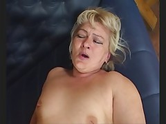 Dirty Aged Granny Barmaid serves up all her holes