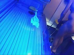 Amateur spycam im solarium