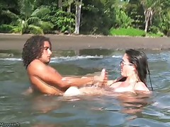 Nikki Fritz Hardcore BJ and Sex vulnerable Costa Rica beach