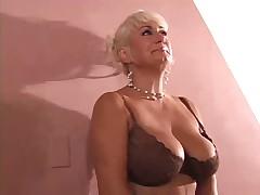 Sexy old bitch Dana Hayes