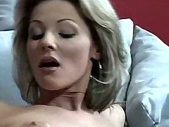 Cougar Eats Eva Angel