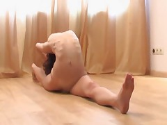 NUDE YOGA FLEXIGIRL Part 4