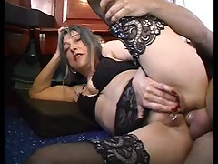 French mature housewife and the plumber (anal-fucked)