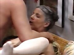 Oma pervers