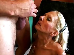 Wrinky and Hairy Granny suck and fucks