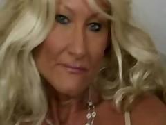 Blond Granny ROXY FONTAINE