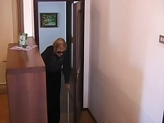 Italian granny is fucked by 2 guys
