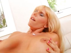 Beautiful woman of my dreams4..blond mom