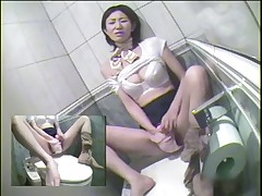 HOT Toilet Masturbation Japanese 2 STEWARDESS