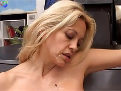 Blonde mature slut fucking anal and fisting