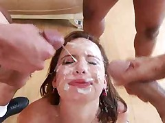 Fantastic blowbang with comely redhead