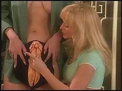 Nina Hartley's Genital Massage Tutorial