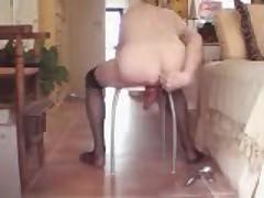 Nickyleen ass stretching