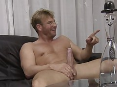 Two Babes fucking in medical practice - german - csm