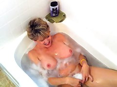 Mature Masturbate in Barthroom - by TLH