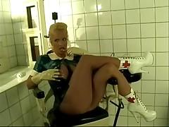Mujeres tetonas en latex