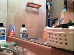 Super curvy latina shower