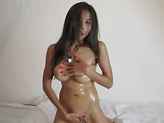 Asian posing for JCE147 Asiansweetheart