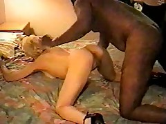 Mom gets fucked in hotel