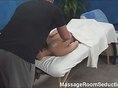 Hot Teen Fucked by Massage Therapist!