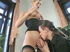 Shemale trans russian - bella scopata con giovane ragazzo