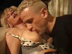 Abb� and son know MILF
