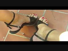 Shynthiah Heels