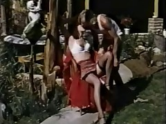 Output 70s danish - Vitalized Housewife (german dub) - cc79