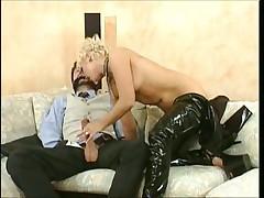 Kinky latex Lady