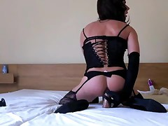 Amateur Russian Tgirl Fucks Dildo