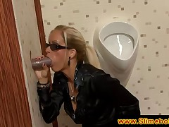 Blonde with sun glasses sucking dick