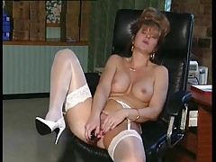 British MILF slut Anna less an berth instalment