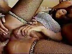 Comendo um travesti