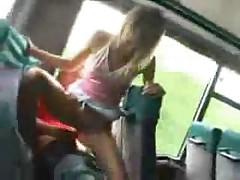 Public Bus fuck - Im Bus gefickt