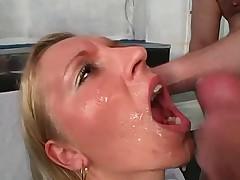 GEILE SPERMA BITCH 3
