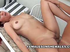Shemale Andreia Mel on Pussy