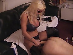 Lisa Berlin Deep pumping with her giant strapon's