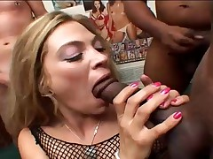 Girl likes lots of cum