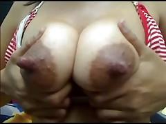 Huge nippled girl Lctating on webcam (MrNo)