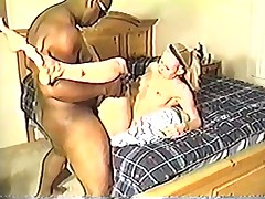 Cuckold - removes condom