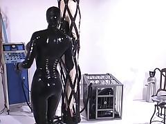 Rubber - Confined 3