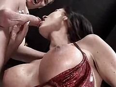 German woman gets fucked in red-hot boots