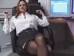 F60 Big Boobs OFFICE MATURE