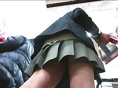 UniformGirlsVoyeur