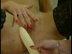 Women play 1