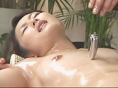 OiL Massage RISA #01