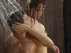 Julian and Vicca OUTDOOR SHOWER SEX ((Cochinadas))
