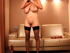 F60 Big Boobs LATEX GIRL MASTURBATE